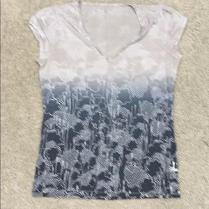Calvin Klein Jeans short sleeve tee shirt.  Size L